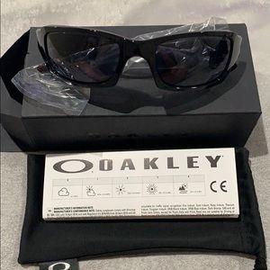 Oakley sunglasses style #9238 NWT